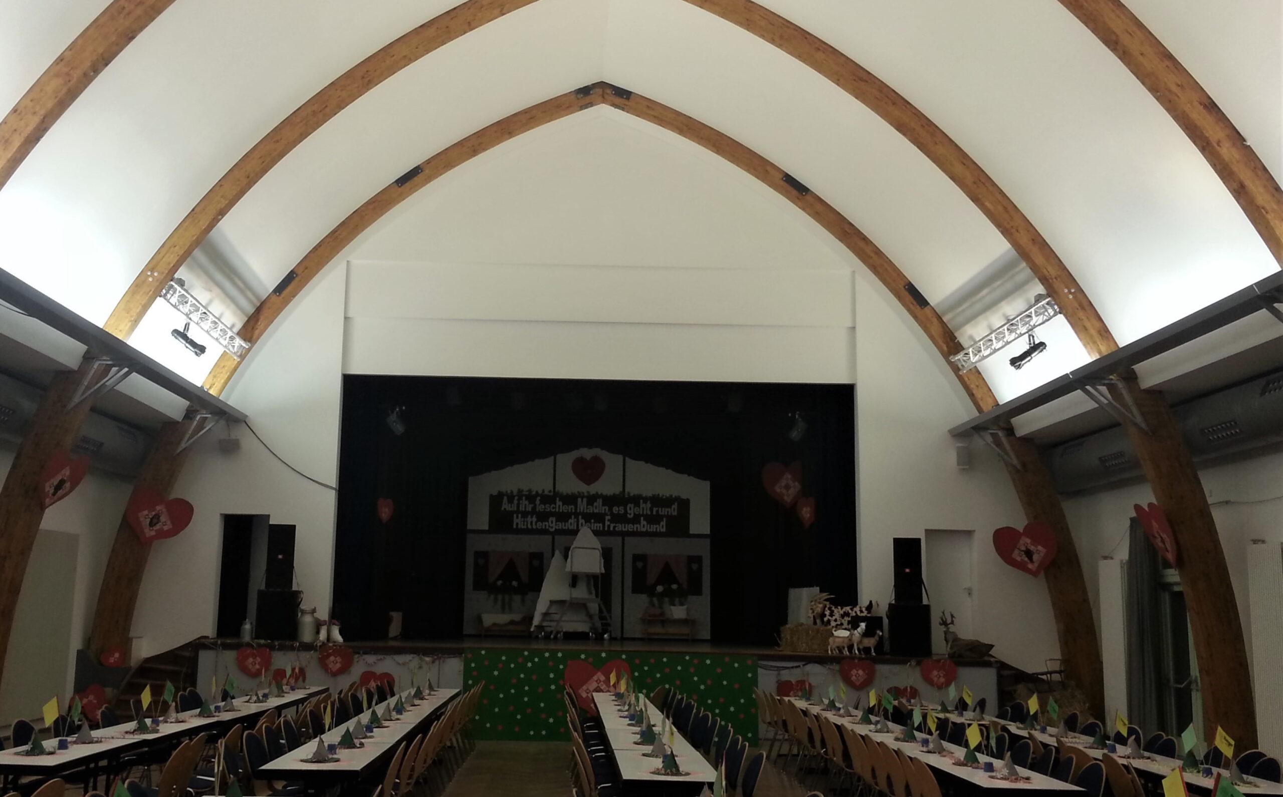 02 Festhalle