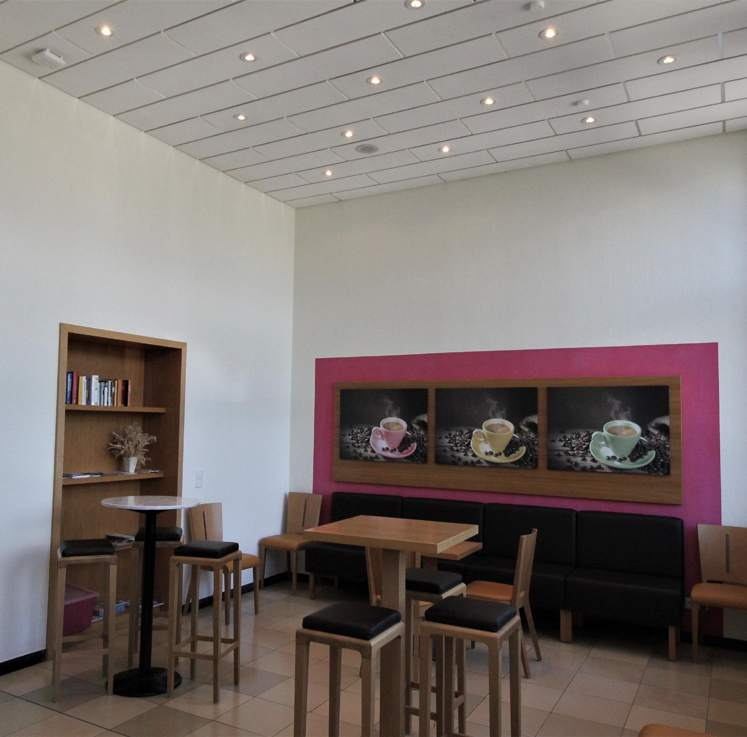 06 Cafeteria
